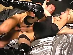 Shemale in black lingerie gets jizz
