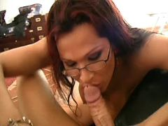 Clever tranny sucks appetizing cock