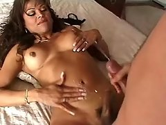 Hot shemale and guy jizz in hardsex