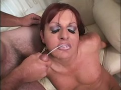 Tranny catches cumshot in oral orgy